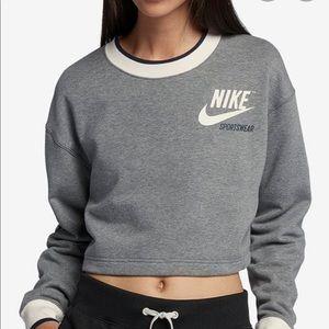 Nike Reversible Fleece Cropped Sweatshirt